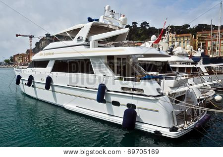 City Of Nice - Luxury Yacht In The Port Of Port De Nice