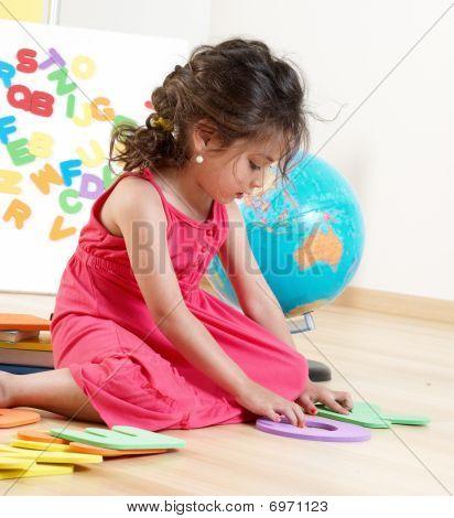 La niña con Letras