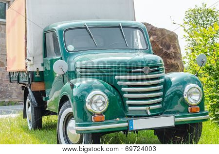 Old Truck, Classic Car