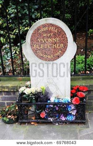 memorial to WPC Yvonne Fletcher