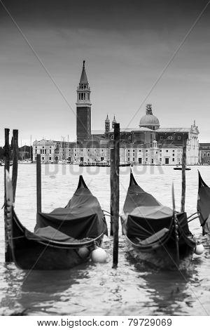Gondolas In Front Of Chiesa Di San Giorgio Maggiore B&w