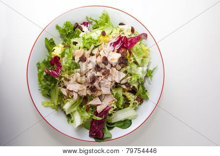 Chicken Salad With Tomatoes And Raisin