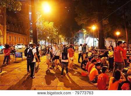 Crowded Atmosphere, Ho Chi Minh Youth Lifestyle