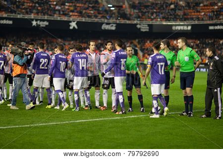 VALENCIA, SPAIN - JANUARY 4: All players during Spanish King Cup match between Valencia CF and R.C.D. Espanyol at Mestalla Stadium on January 4, 2015 in Valencia, Spain
