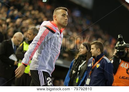 VALENCIA, SPAIN - JANUARY 4: Enzo Perez during Spanish King Cup match between Valencia CF and R.C.D. Espanyol at Mestalla Stadium on January 4, 2015 in Valencia, Spain