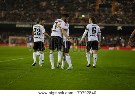 VALENCIA, SPAIN - JANUARY 4: Valencia players during Spanish King Cup match between Valencia CF and RCD Espanyol at Mestalla Stadium on January 4, 2015 in Valencia, Spain