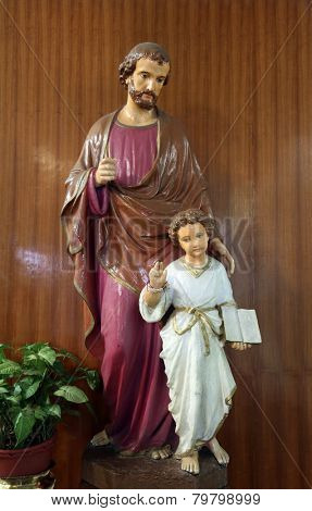 KOLKATA, INDIA - FEBRUARY 10:Saint Joseph with child Jesus, Church in Loreto Convent where Mother Teresa lived before the founding of the Missionaries of Charity in Kolkata, India on February 10,2014.