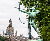 picture of archer  - famous monument of the archer in Dresden - JPG