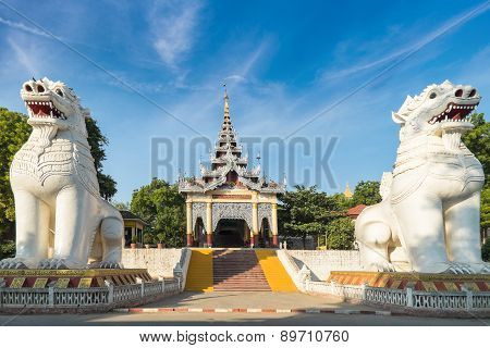 Gigantic Bobyoki Nat Guardian Statues At Mandalay Hill. Myanmar (burma)