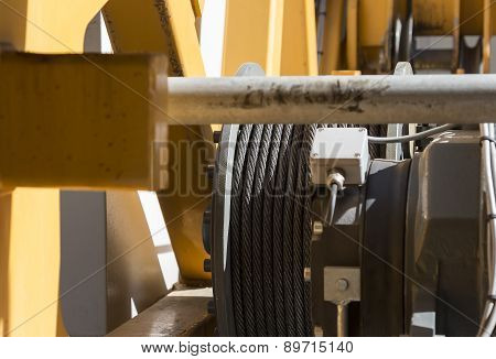 Wire cable for lifting