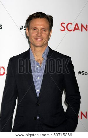 LOS ANGELES - MAY 1:  Tony Goldwyn at the