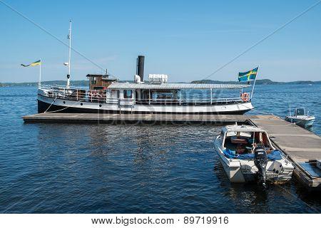 Old steamship at Lake Sommen in Sweden