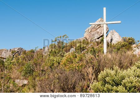 Cross At The Top Of Sir Lowrys Pass