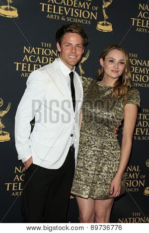 LOS ANGELES - APR 24: Hunter King, Lachlan Buchanan at The 42nd Daytime Creative Arts Emmy Awards Gala at the Universal Hilton Hotel on April 24, 2015 in Los Angeles, California