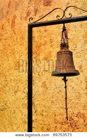 Old Rusty Bell