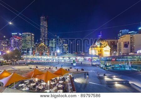 Downtown Melbourne at night