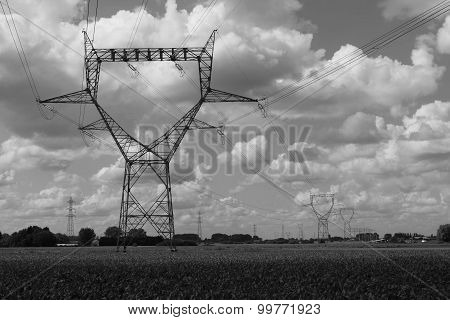 Transport of electricity : the high-tension lines