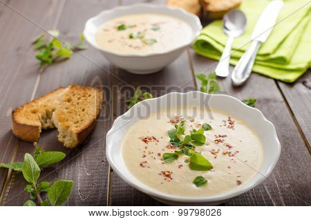 Creamy Zucchini Soup With Chilli And Oregano