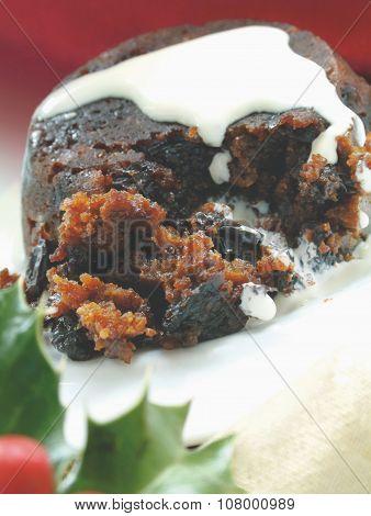 traditional Christmas fruit pudding