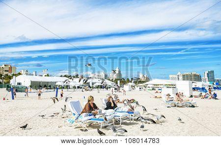 Miami Beach, Florida, Usa - February 07: Vacationing Families On February 07,2015 In Miami Beach, Fl