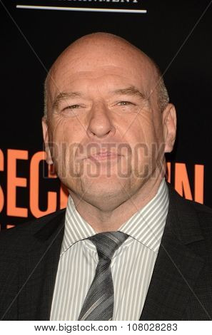LOS ANGELES - NOV 11:  Dean Norris at the