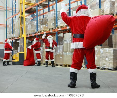 santa clauses cooperation in storehouse