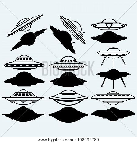 UFO flying saucer set icon