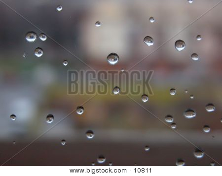 Picture or Photo of Droplets on window glass