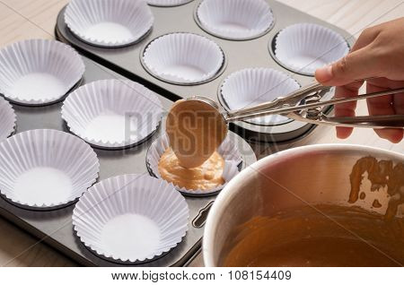 Making Chocolate Tartlets