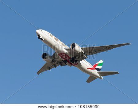 Boeing 777-21 Hlr Uae Emirates