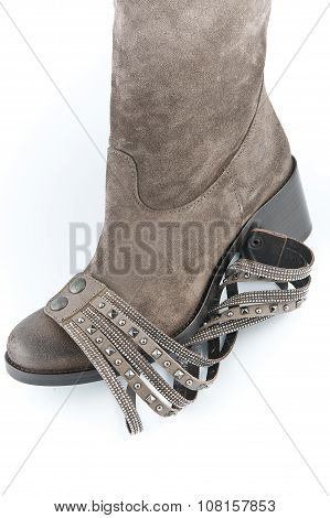 Women's Suede Boots Brown With An Item For Decoration..