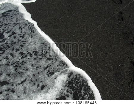 Pattern Of Wave At The Black Volcanic Beach