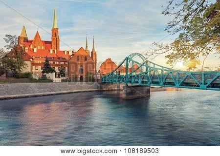 Wroclaw Tumski Island bridge, vivid sunset