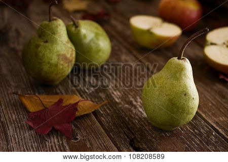 Williams Sort Pears In Rustic Autumn Setting
