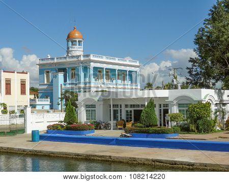 Palacio Azul Building