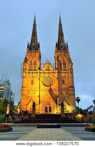 St. Mary's Cathedral in Sydney during twilight before sunrise