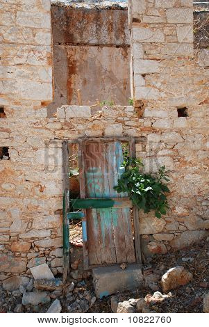 Abandoned building, Halki island