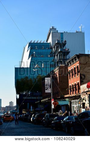 Whitney museum, High Line Manhattan on a sunny day