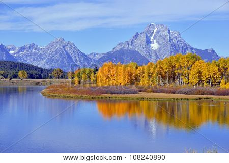 Fall foliage, Autumn colors in the Teton Range, Rocky Mountains