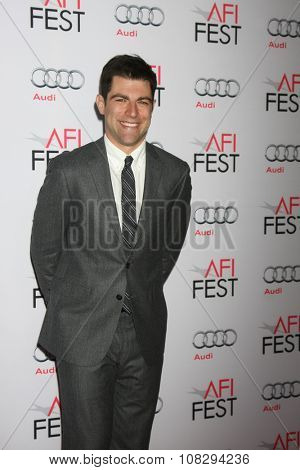LOS ANGELES - NOV 12:  Max Greenfield at the AFI Fest 2015 - Presented by Audi - The Big Short Gala Screening at the TCL Chinese Theater on November 12, 2015 in Los Angeles, CA