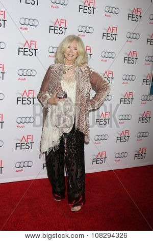 LOS ANGELES - NOV 12:  Connie Stevens at the AFI Fest 2015 - Presented by Audi - The Big Short Gala Screening at the TCL Chinese Theater on November 12, 2015 in Los Angeles, CA