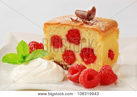 Raspberry sponge cake with whipped cream