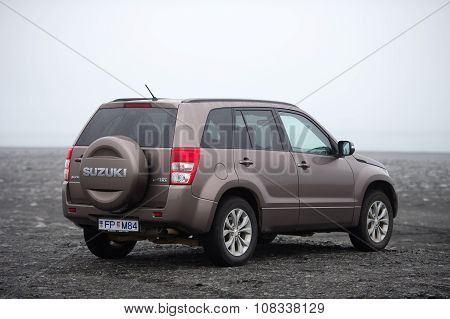 Suzuki Grand Vitara car