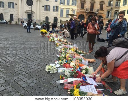 Flowers for the victims