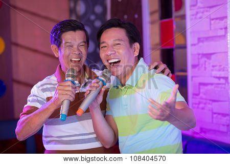 Happy singers