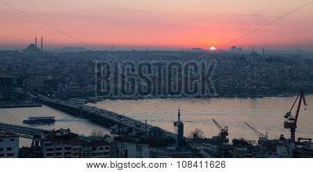Golden horn of Istanbul at dusk