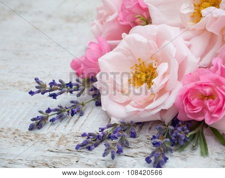 Pale And Bright Roses And Provence Lavender Bouquet