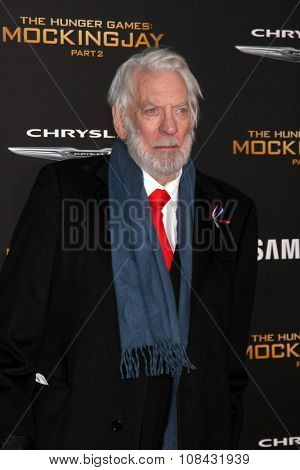 LOS ANGELES - NOV 16:  Donald Sutherland at the