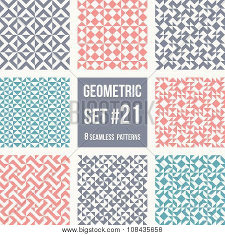 Patterns set with simple geometric shapes, in vintage colors