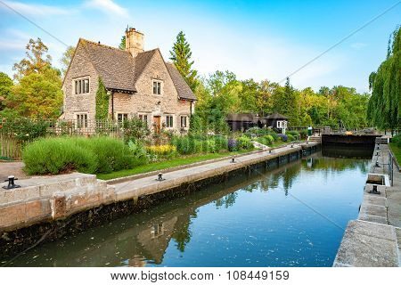 Iffley Lock. Oxford,  England